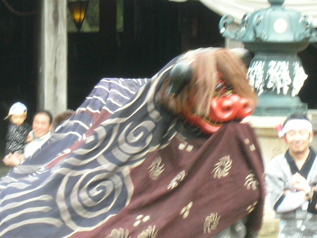 白山神社春大祭 獅子舞