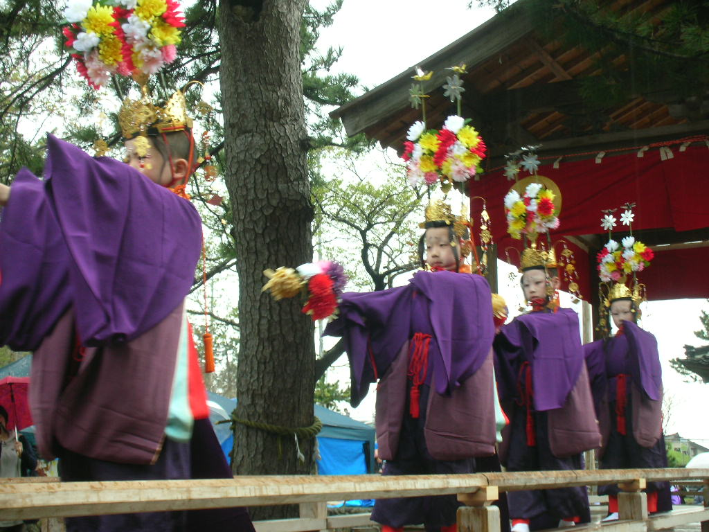 白山神社春大祭 輪歌(りんが)2